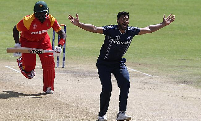 Safyaan Sharif (right) picked five wickets against Zimbabwe