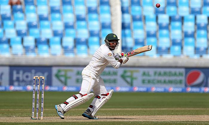 Struggling Australia facing heavy defeat against Pakistan in 2nd Test