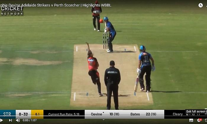 Strikers make it three in a row  - Hightlights Strikers v Scorchers WBBL