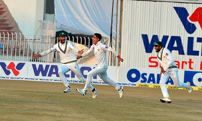 1st Test Pakistan v Bangladesh Day 3: Sensational Naseem rocks Bangladesh