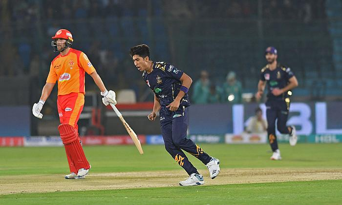 PSL 5: Quetta Gladiators in three-wicket win over Islamabad United