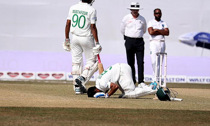 Mehidy Hasan Miraz celebrates his maiden Test hundred for Bangladesh