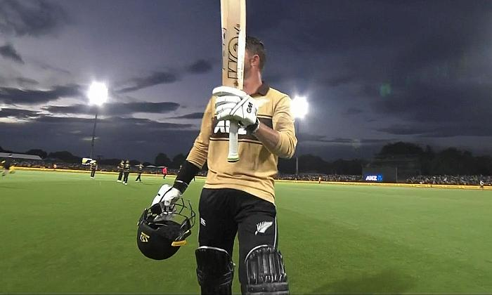 Devon Conway leaves the field with 99* for New Zealand today