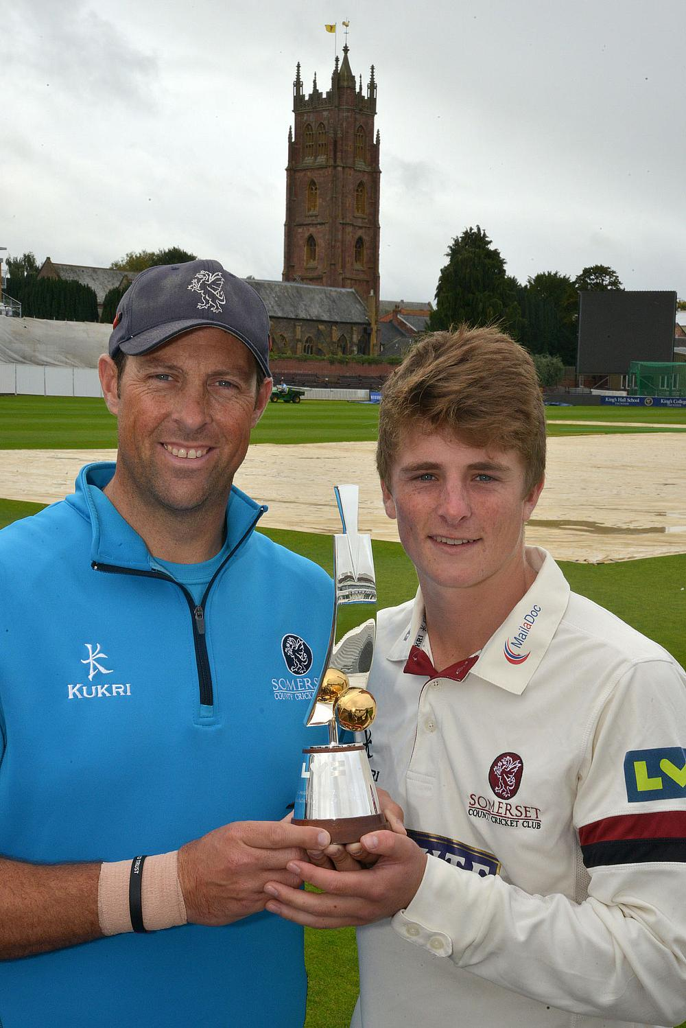 Tom Abell (right) with the award, alongside Marcus Trescothick