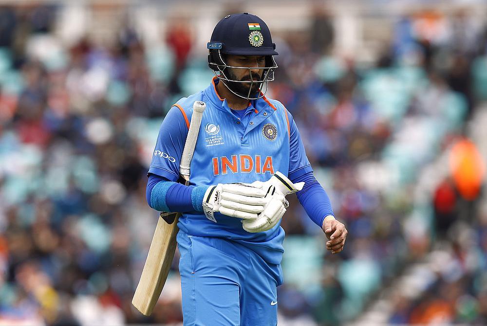 India drop Yuvraj, Karthik for Sri Lanka ODI series