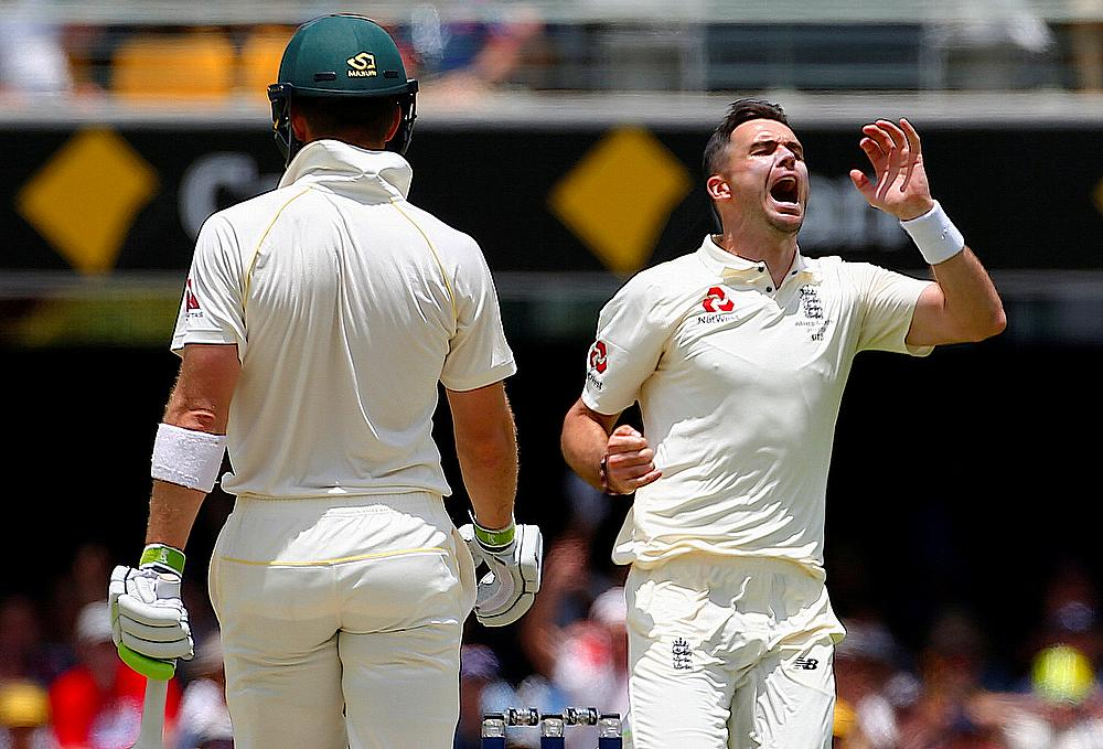 England need to get Smith out early - James Anderson