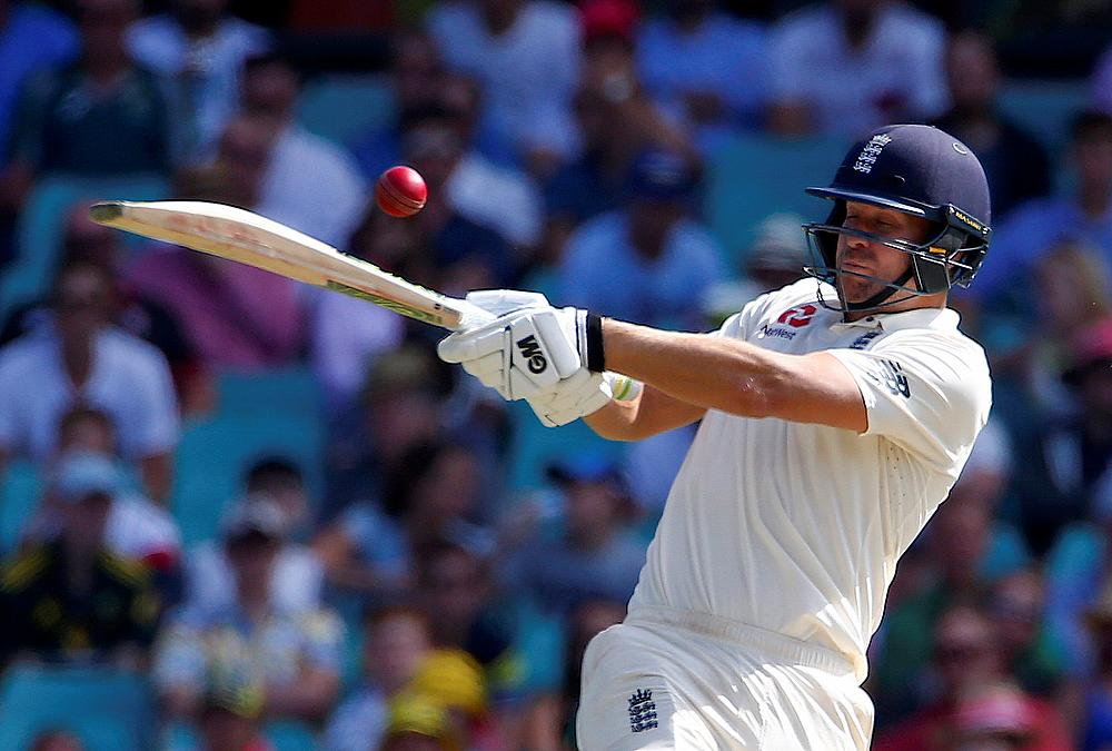 Late wickets dent England momentum on day one