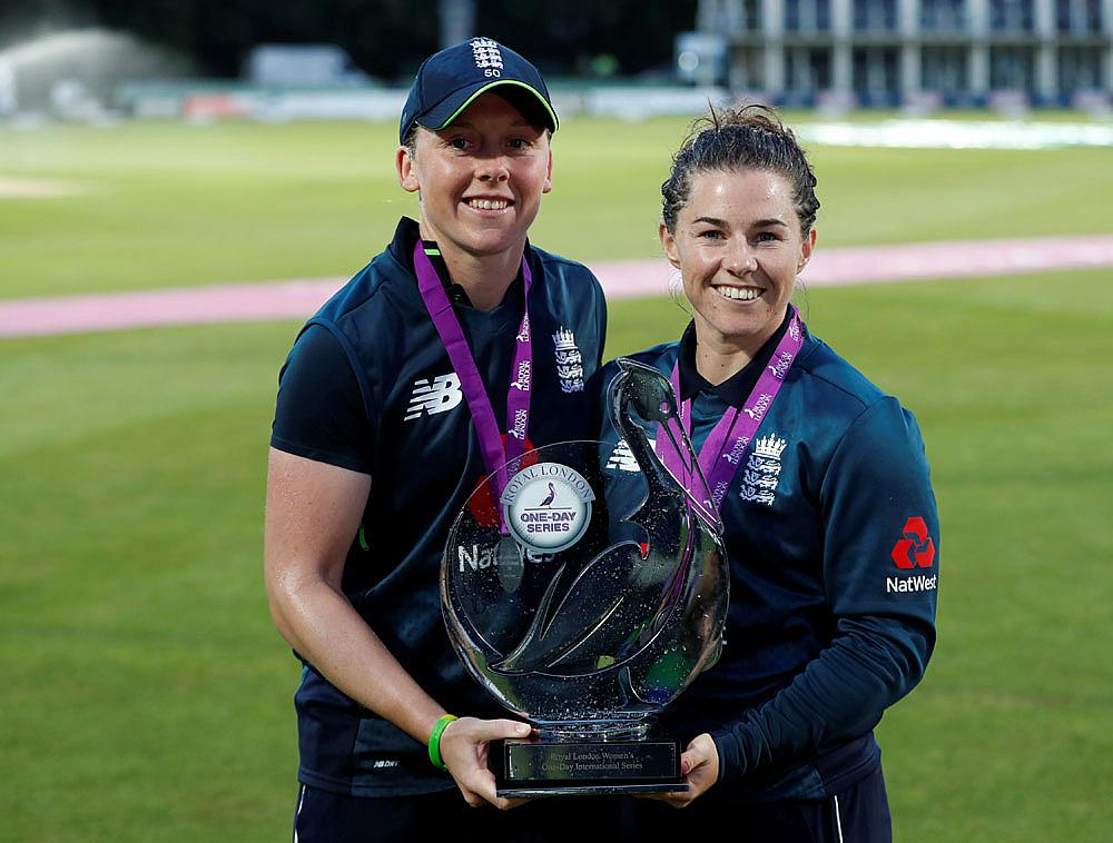 England's Captain Heather Knight and Tammy Beaumont ©Action Images/Paul Childs