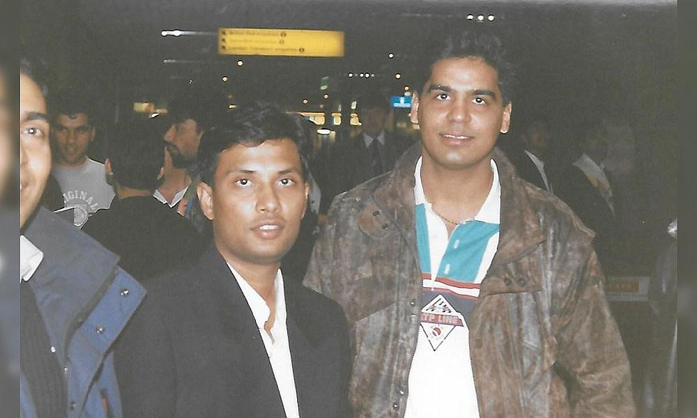 'Babar' welcome 1992 Pakistan touring member, Asif Mujtaba @ Heathrow Airport
